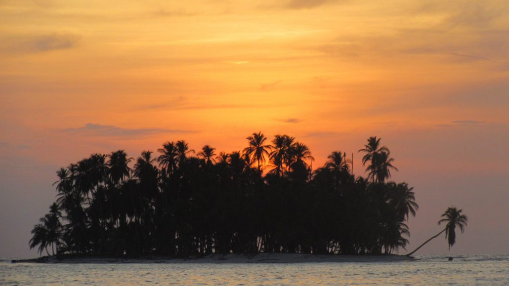 Picture Perfect Sunset on NOMAD in San Blas